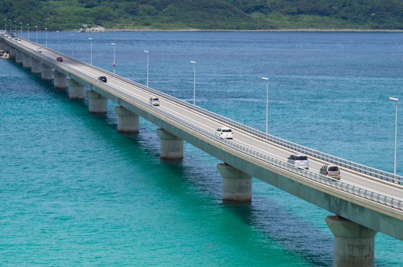 角島大橋とエメラルドの海
